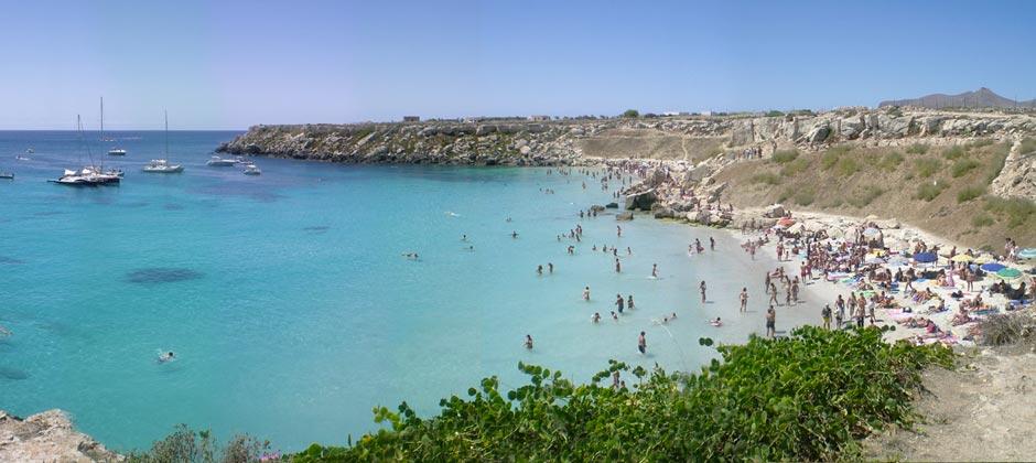 spiaggia-cala-azzurra-favignana